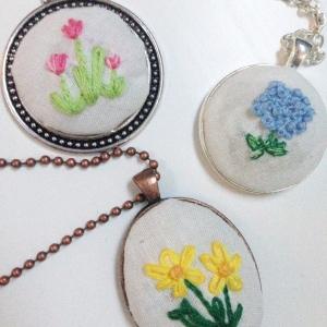 E&E Embroidered Jewelry